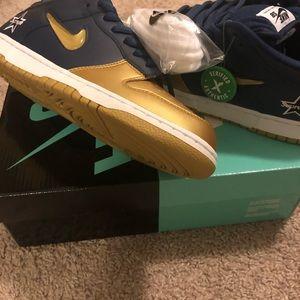Nike Dunk SB Supreme co-lab sz 9